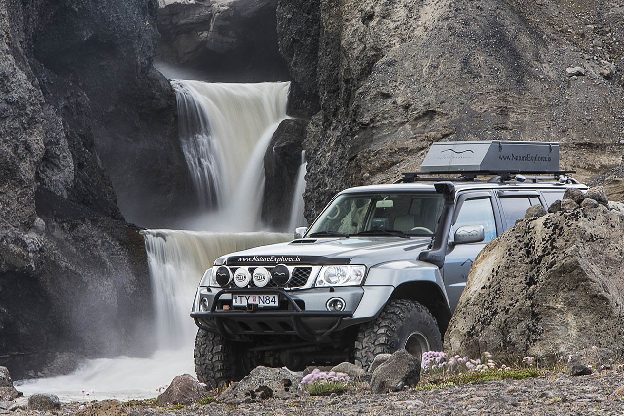 Super-Jeep